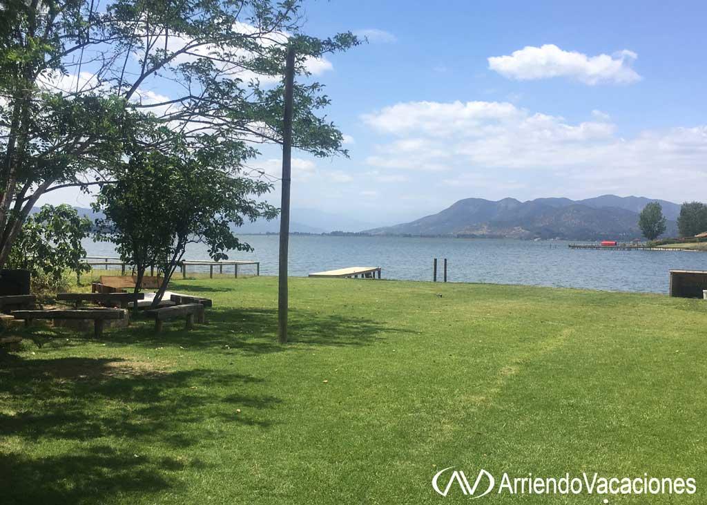 Casa en Jardin y el lagoCasaenLago  Rapel