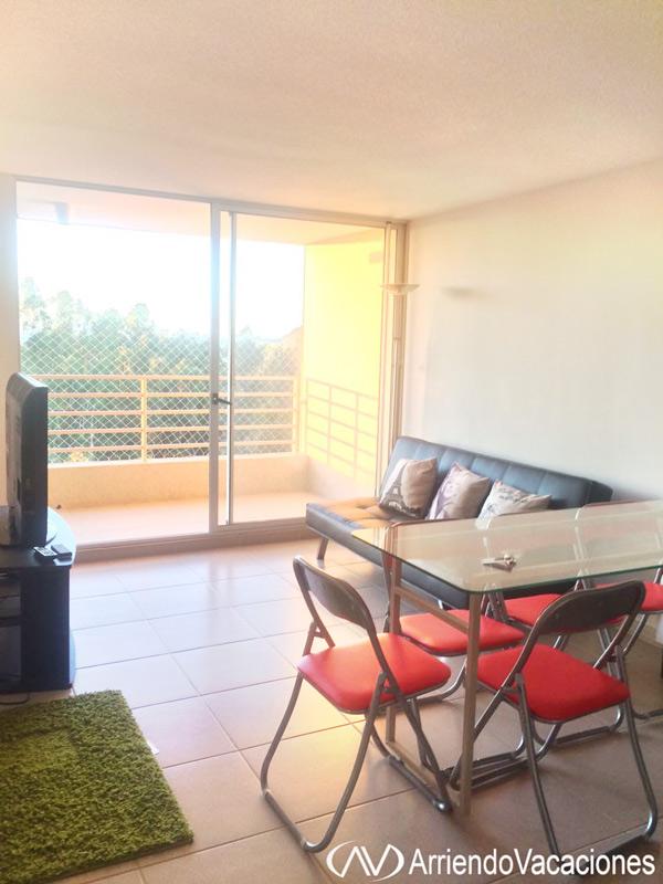 Casa en comedor y vista a terrazaDepartamentoenAlgarrobo